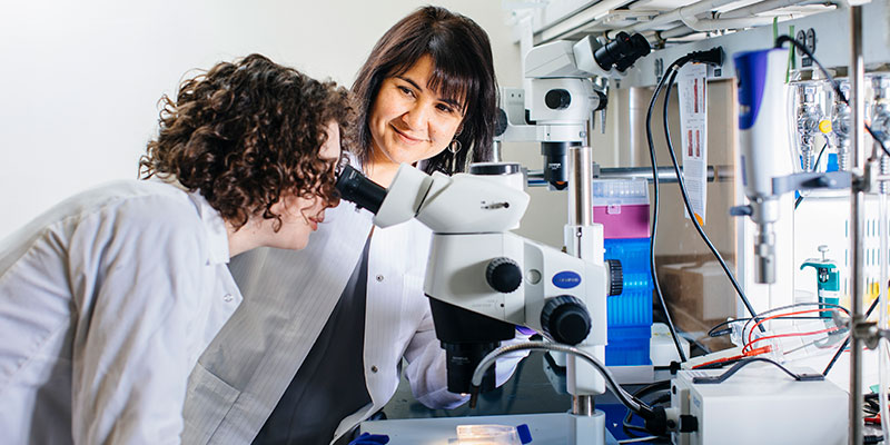 Diana Bautista in Lab